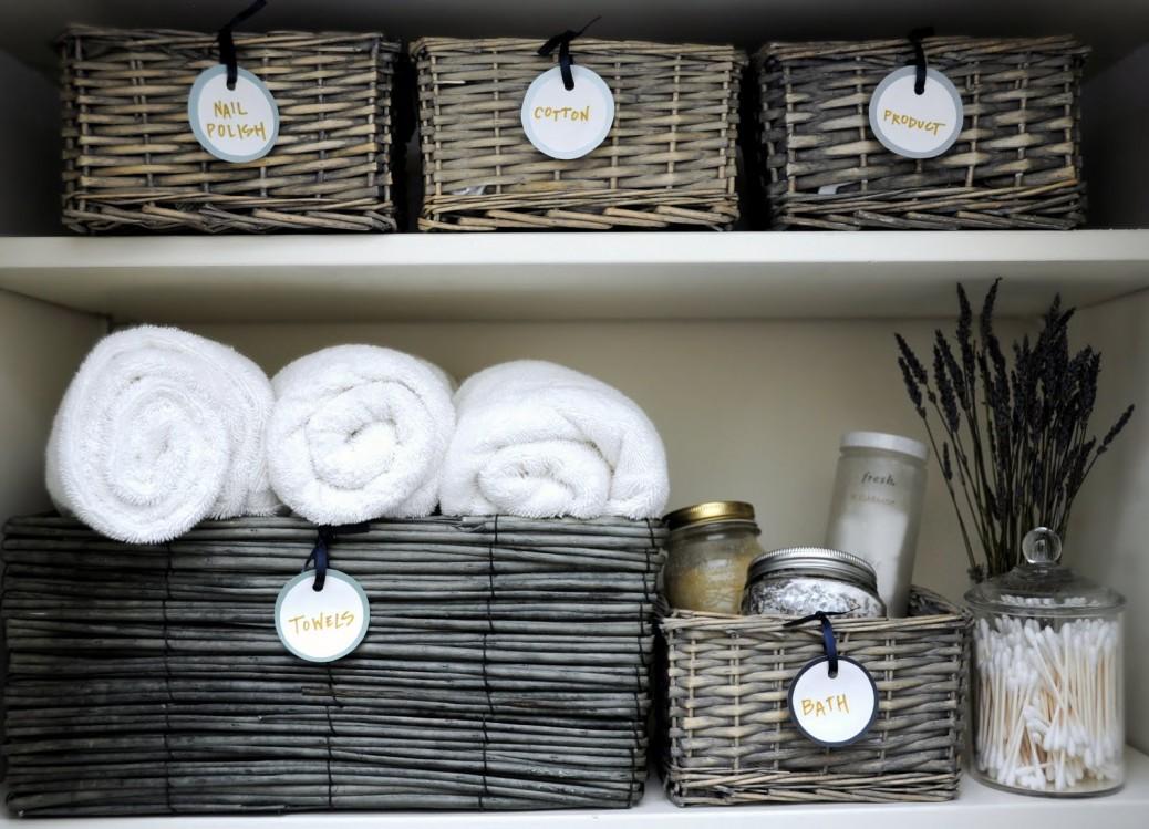 Organized-Linen-Closet-1038x749